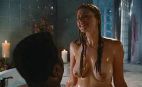 jessica pare topless breasts in hot tub time machine 5541 17