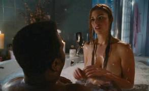 jessica pare topless breasts in hot tub time machine 5541 22