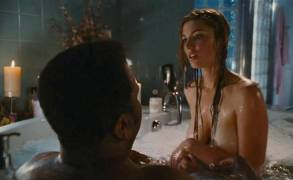 jessica pare topless breasts in hot tub time machine 5541 23