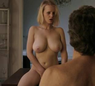 joanna kulig nude scenes from elles 6245 3