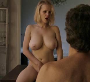 joanna kulig nude scenes from elles 6245 4