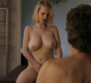 joanna kulig nude scenes from elles 6245 9