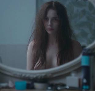 jodie comer topless in thirteen 4959 10