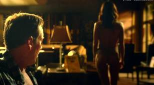 jordana brewster nude top to borrom in home sweet hell 6266 21