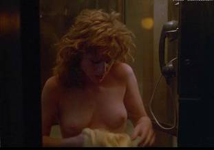 juliette cummins topless in psycho 3 3412 32