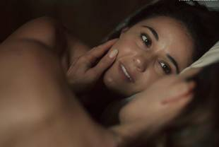 kadee strickland topless with emmanuelle chriqui in shut eye 1536 16
