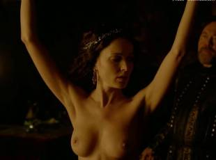 karen hassan nude top to bottom in vikings 5879 19