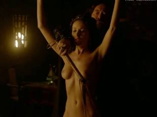 karen hassan nude top to bottom in vikings 5879 5