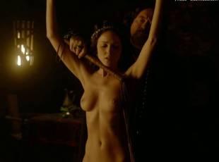 karen hassan nude top to bottom in vikings 5879 7