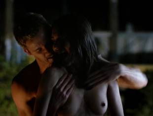 karolina wydra topless on hood of car on true blood 0652 18