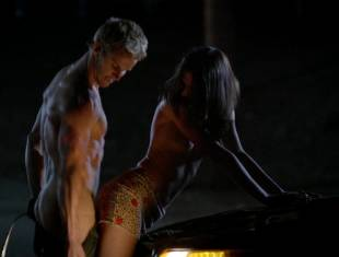 karolina wydra topless on hood of car on true blood 0652 8