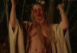 kate micucci jemima kirke aubrey plaza topless in little hours 9301 15