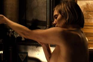 katee sackhoff topless to clean up on riddick 9824 6
