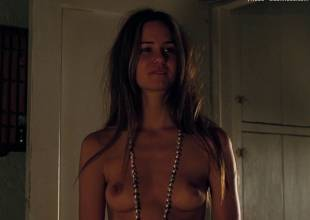 katherine waterston nude almost full frontal in  inherent vice 1492 1