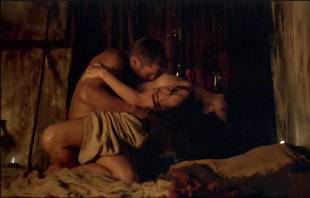 katrina law naked embrace on spartacus vengeance 4046 10