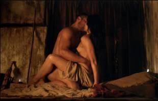 katrina law naked embrace on spartacus vengeance 4046 5