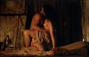 katrina law naked embrace on spartacus vengeance 4046 6