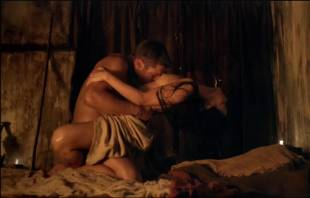 katrina law naked embrace on spartacus vengeance 4046 9