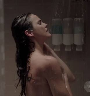 keri russell nude ass in shower in the americans 4036 16