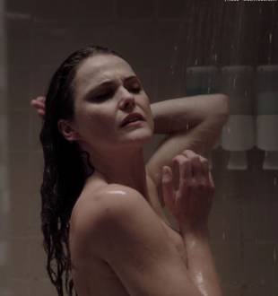 keri russell nude ass in shower in the americans 4036 19