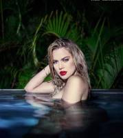 khloe kardashian nude top to bottom in pool photoshoot 2826 4