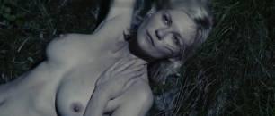 kirsten dunst nude scenes from melancholia 0741 15
