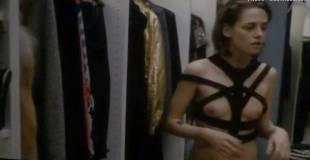 kristen stewart topless in personal shopper 4090 26