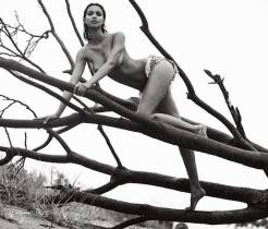 lais ribeiro nude top to bottom in lui magazine 2880 10