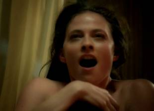 lara pulver nude on her back in da vinci demons 7110 9