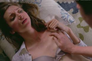 lauren lapkus topless in crashing 2295 12