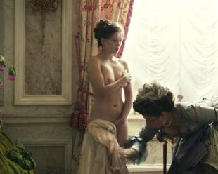 lea seydoux nude top to bottom in farewell my queen 8115 11
