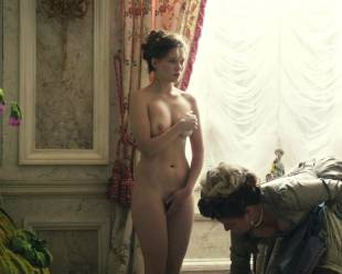 lea seydoux nude top to bottom in farewell my queen 8115 12