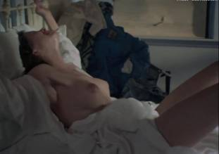 leslie cumming topless breasts unleashed in witchery 1771 14