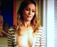 leslie mann topless in this is 40 4140 1