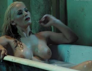 lily anderson topless in doomsday 9733 3