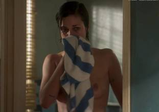 lina esco topless in a towel in kingdom 8889 10