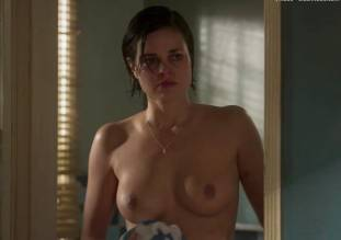 lina esco topless in a towel in kingdom 8889 12
