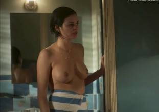 lina esco topless in a towel in kingdom 8889 6