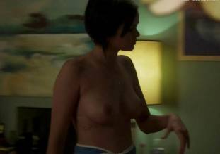 lina esco topless in towel in kingdom 7939 8