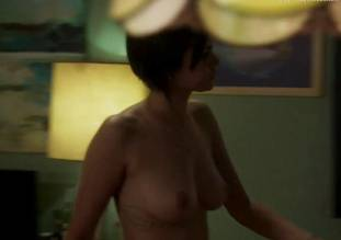 lina esco topless in towel in kingdom 7939 9