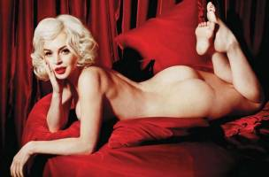 lindsay lohan nude as marilyn monroe 2352 11