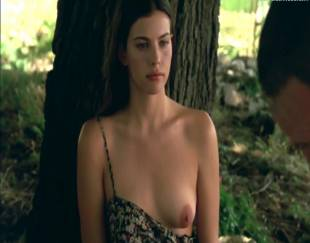 liv tyler topless in stealing beauty 9586 3