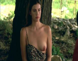 liv tyler topless in stealing beauty 9586 4