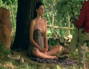 liv tyler topless in stealing beauty 9586 5