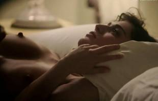 lizzy caplan nude in bed on masters of sex 8422 7