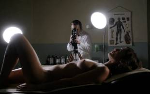 lizzy caplan nude to masturbate on masters of sex 9800 7