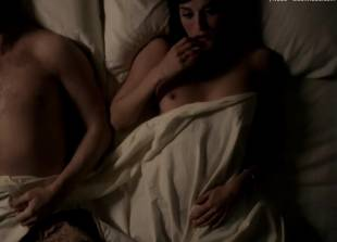 lizzy caplan topless for pillow talk on masters of sex 5890 1