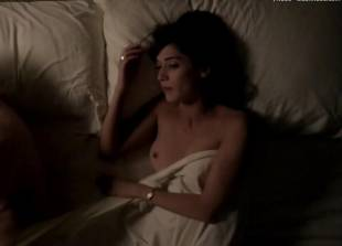 lizzy caplan topless for pillow talk on masters of sex 5890 11