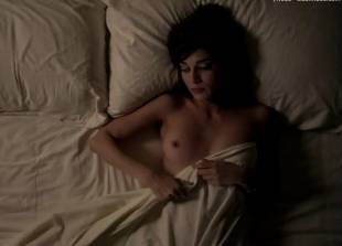 lizzy caplan topless for pillow talk on masters of sex 5890 15