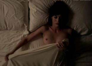 lizzy caplan topless for pillow talk on masters of sex 5890 16